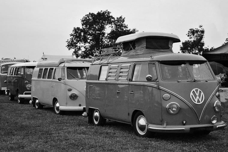 vw-camper-1939343_960_720